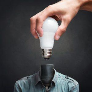 lampada-no-lugar-da-cabeça-ideia-lista-de-websites-para-criacao-design